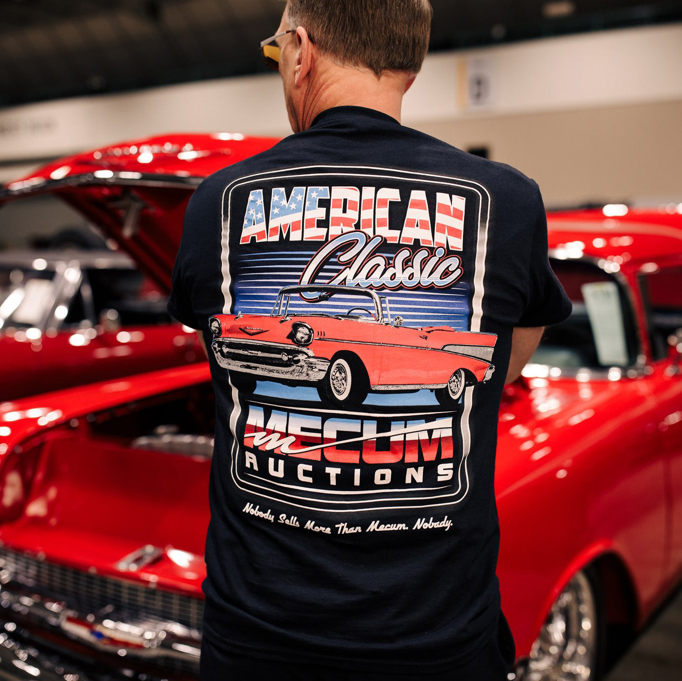 Man wearing 2020 Mecum Men's American Classic T-Shirt