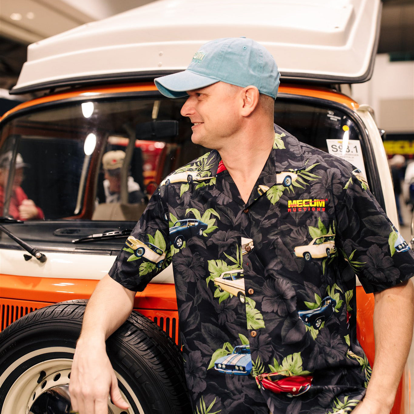 Man wearing 2020 Mecum Men's Hawaiian Shirt
