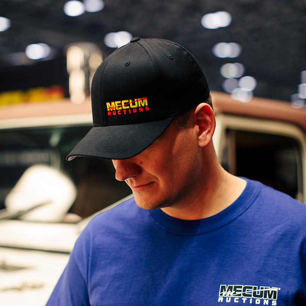 Mecum Mens Flex Fit Black Hat - Front - Lifestyle