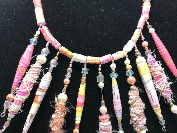A Stunning Pink and White High Fashion Beaded Luxury Necklace