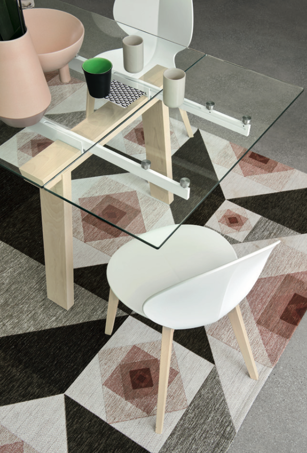 Levante Extendable Dining Table