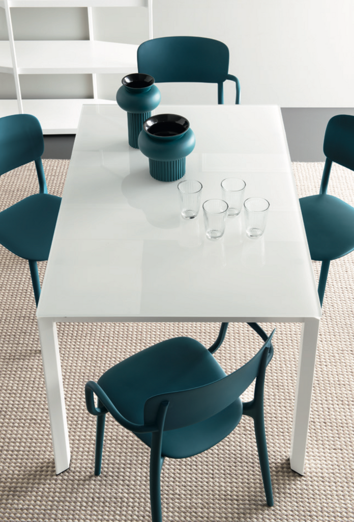 Duca 63in to 86.5in Extendable Dining Table