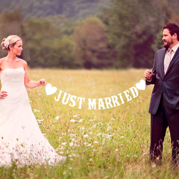 Just married banner
