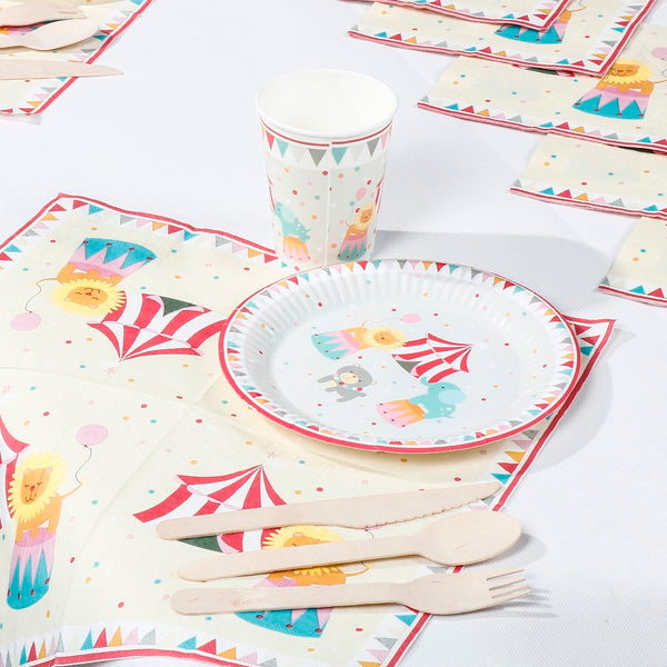 circus party tableware set