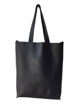 EVERYTHING TOTE BLACK