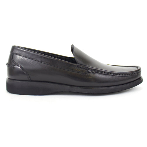 The Levi Leather Loafer in Black
