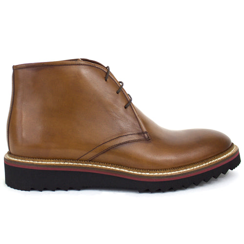 The Jonas Leather Chukka Boot In Tobacco