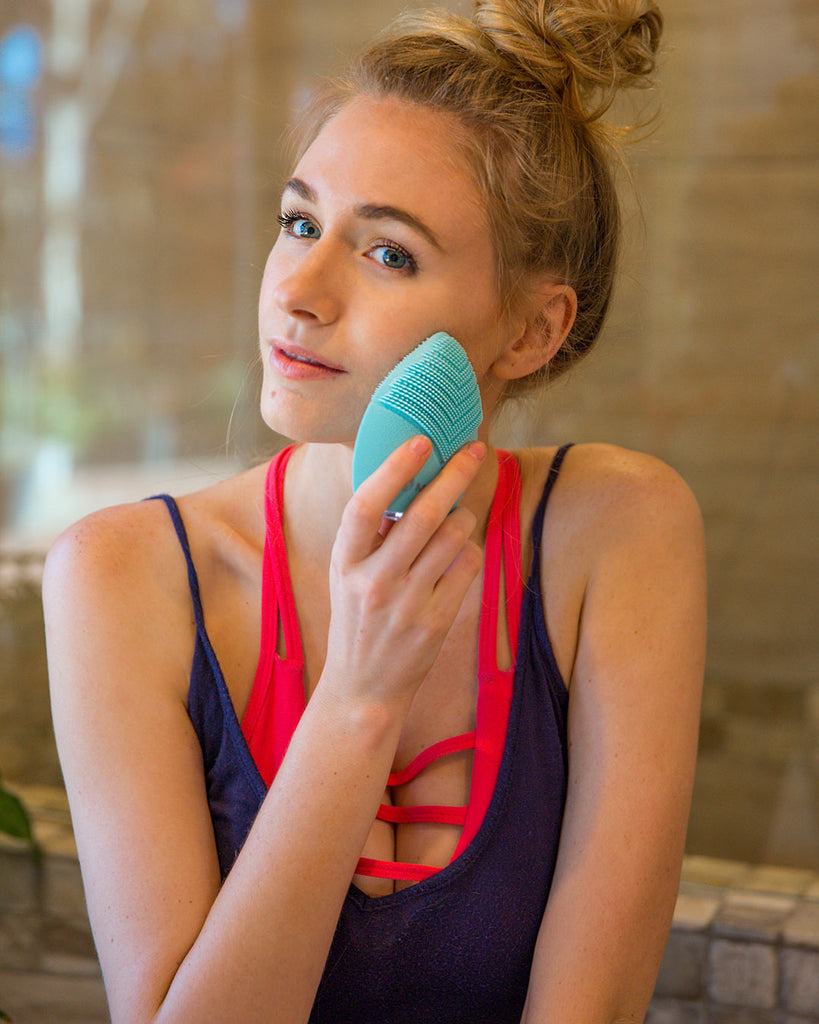 MINTSONIC Luxury Facial Cleansing Brush