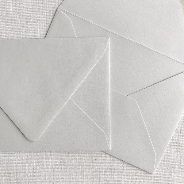 "5""x7"" Euro Flap Envelopes - Pale Grey"