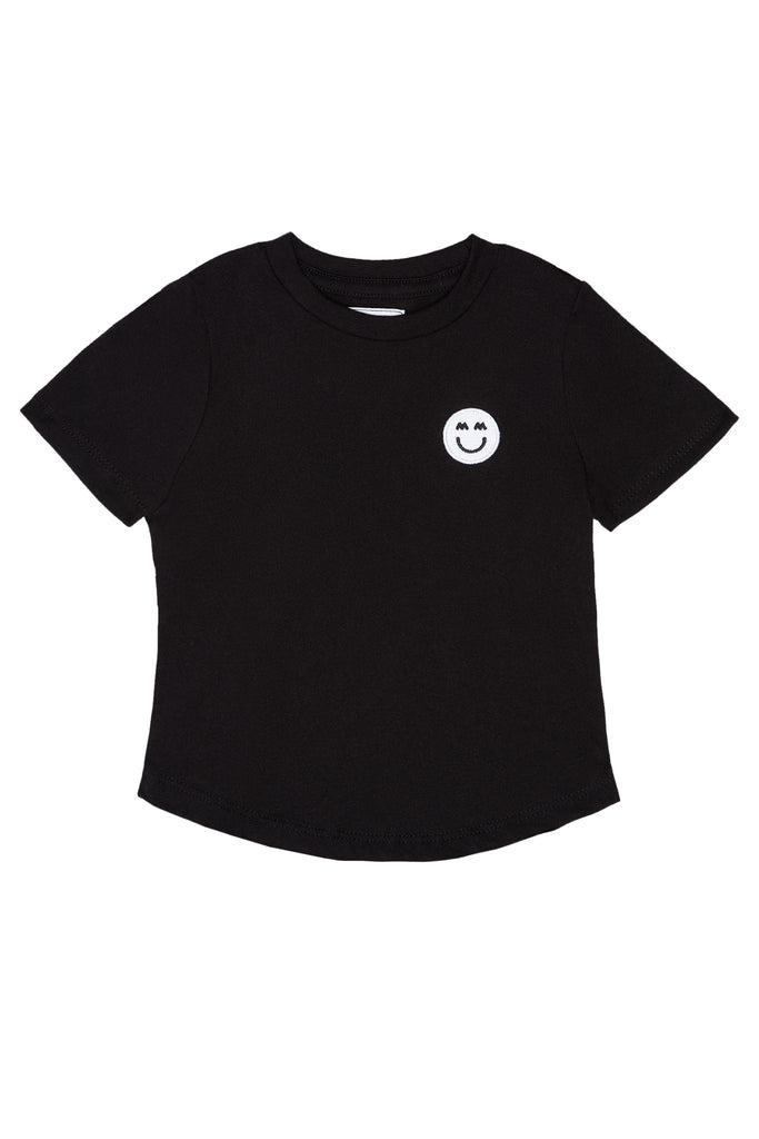 SHORT SLEEVE SIGNATURE PATCH TEE