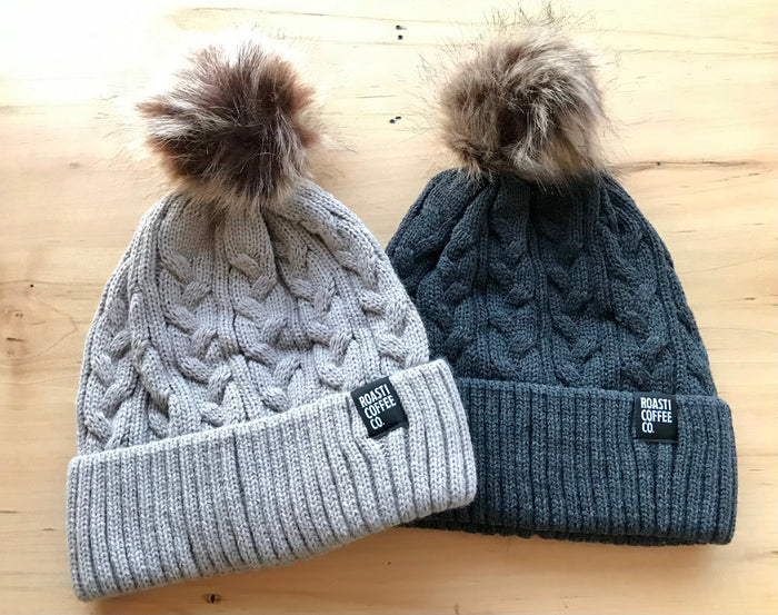Roasti Ladies Pom Pom Touque