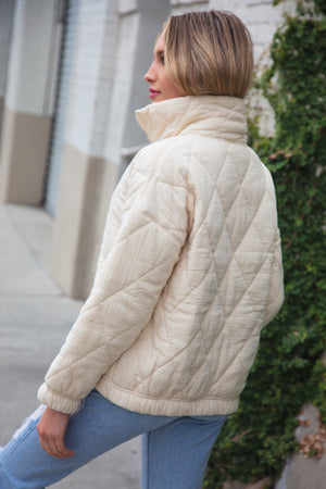 Cream Zipper Design Puffy Pocketed Coat