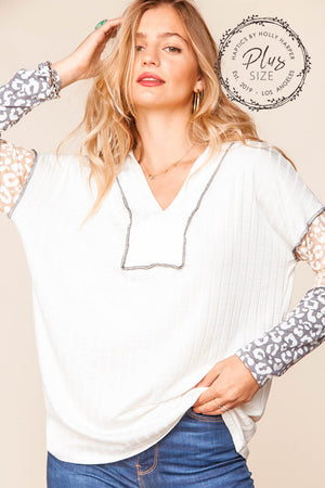 Plus Ivory Taupe & Grey Animal Ribbed Out Seam Stitch Design Blouse
