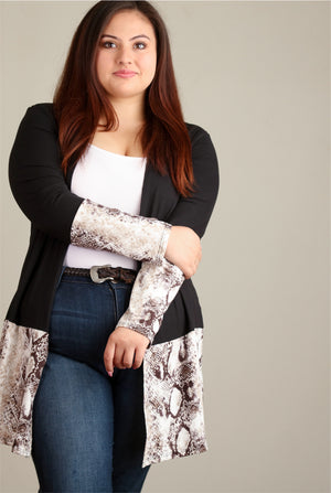 Plus Ivory & Black Snake Colorblock Cardigan