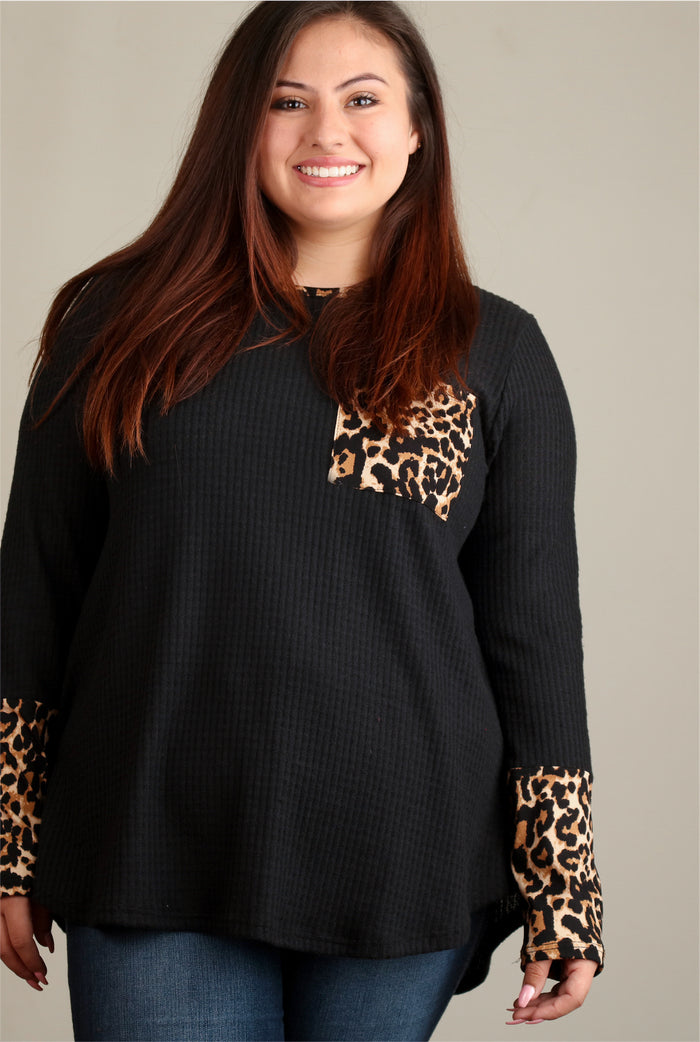 Plus Black Brush Thermal Animal Design Blouse