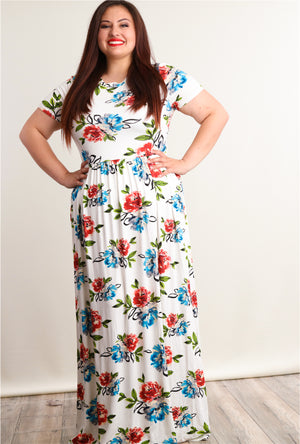 Plus Ivory Floral Fit & Flare Pocketed Maxi Dress