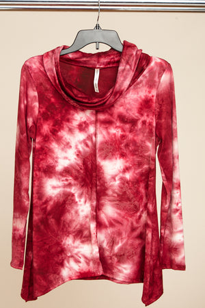 Red Tie Dye Cowl Neck Sweater (8 pcs)