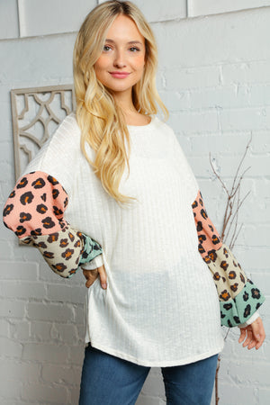 Plus Ivory Blush Taupe & Sage Rib Animal Print Bubble Sleeve Blouse