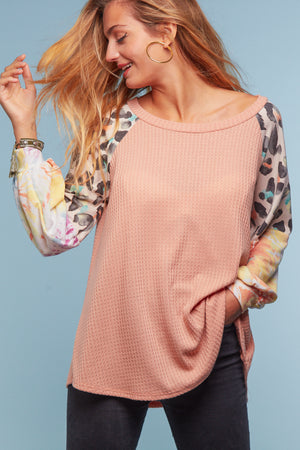 Coral Animal & Tie Dye Sleeve Thermal Blouse
