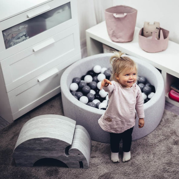 Pretty Yum Co Light Grey Ball Pit with 200 Balls for kids