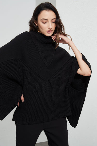 Split Sleeve Knit Black | Tirelli