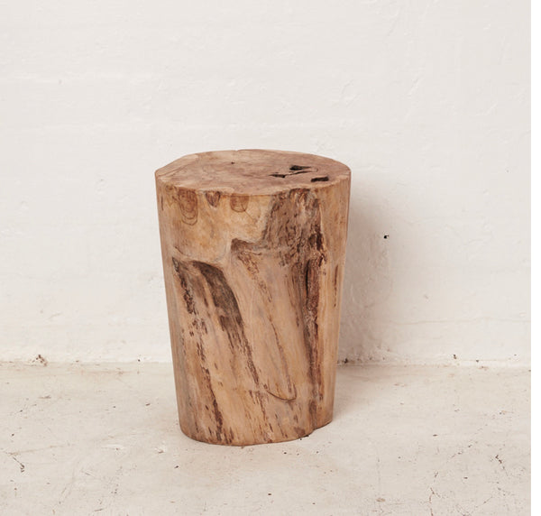 Hadi | Natural Tree Stump Stool