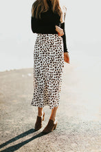 Load image into Gallery viewer, MaryBeth Midi Skirt