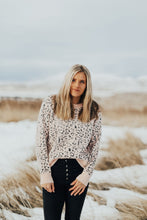 Load image into Gallery viewer, Zoey Leopard Sweater