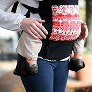 boba baby carrier image with footstraps