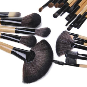 24 Piece Makeup Brush Set | Premium Wood