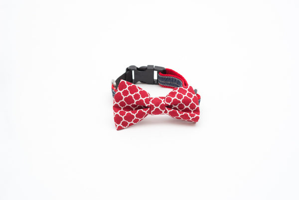 Honeycomb Bow Tie Cat Collar with Elastic Safety Strip by Pinzael