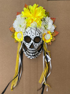 DoD White w/yellow flower m38039w - DecoExchange