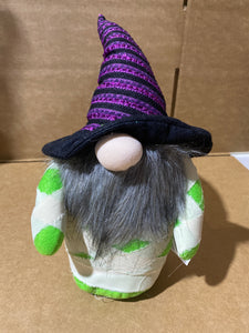 Mummy Gnome Tabletop purple hat 50074 - DecoExchange
