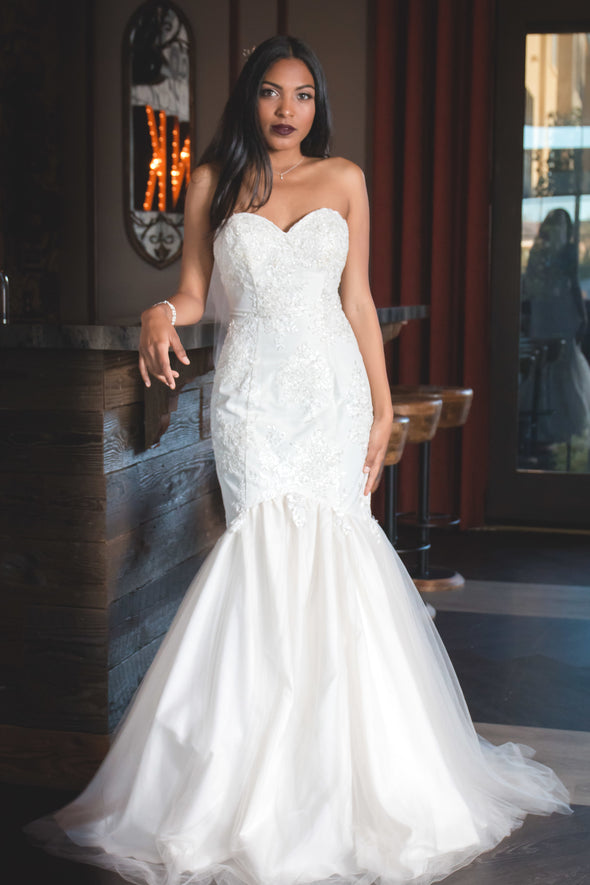 White Sweetheart Mermaid Gown