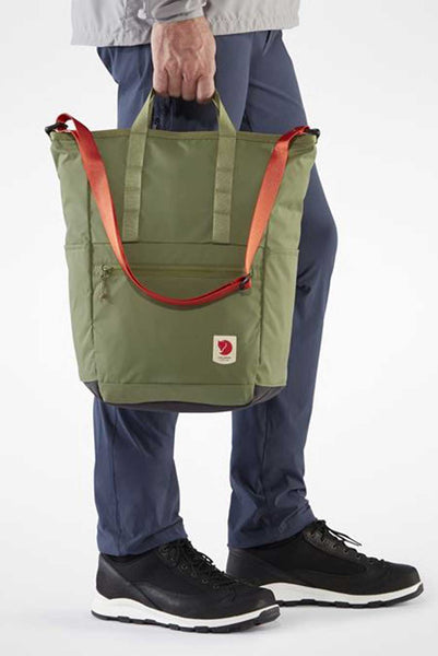 "Made from 100% recycled nylon (Bergshell®: 400D 100% polyamide). Accommodates a laptop up to 15"". Zipped front pocket. Open side pockets. Attachment points for flashlight, bike lock, etc."