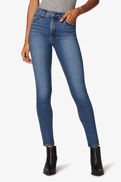 The Bella in the Mojave wash from Joes Jeans is a super high rise skinny women's jean that is made from sustainable denim.