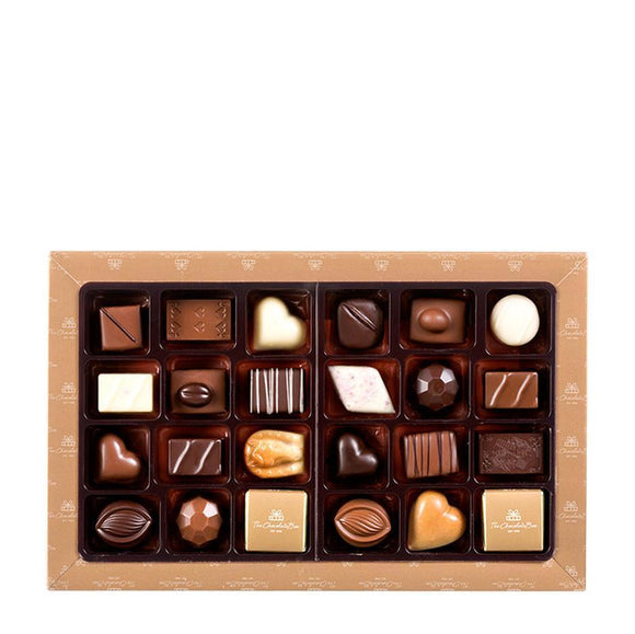Classic Chocolate Box Collection, Assorted Milk Dark & White Selection 355g - Classic Boxes