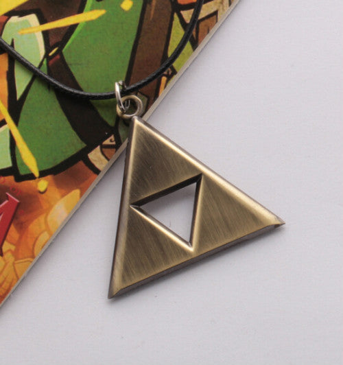 FREE PLUS SHIPPING Zelda Metal Pendant Necklace