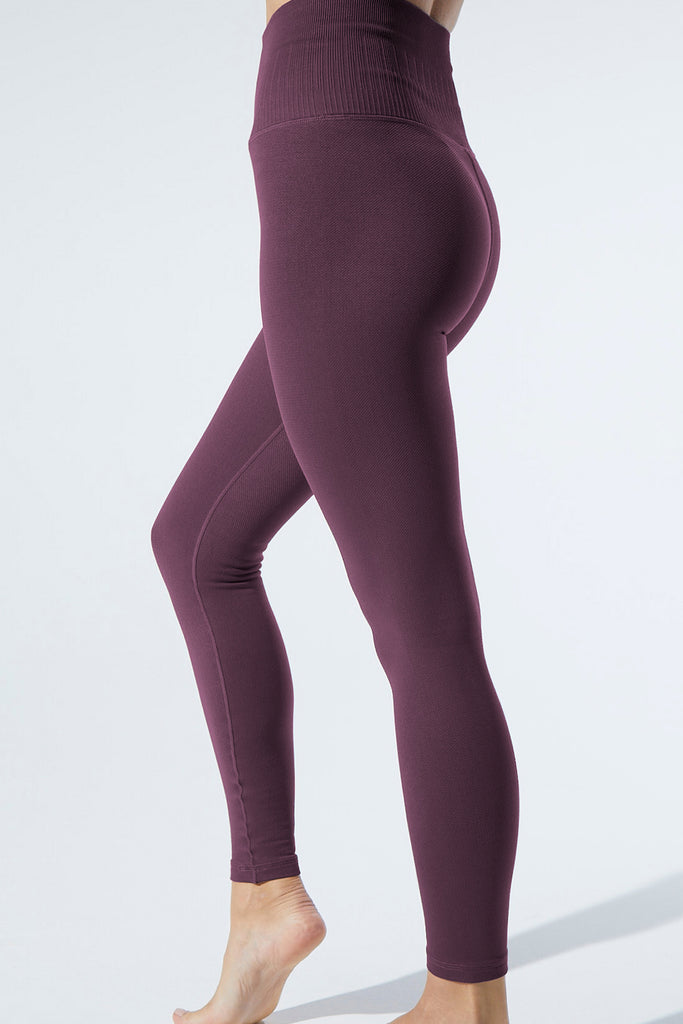 Universal Legging in Acai