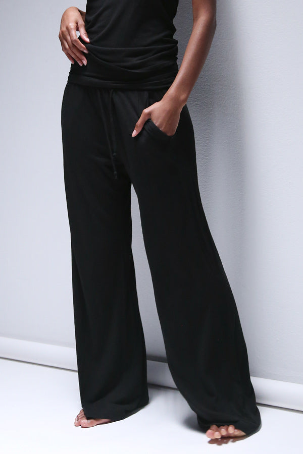 Bodi Lounge Pant in Black