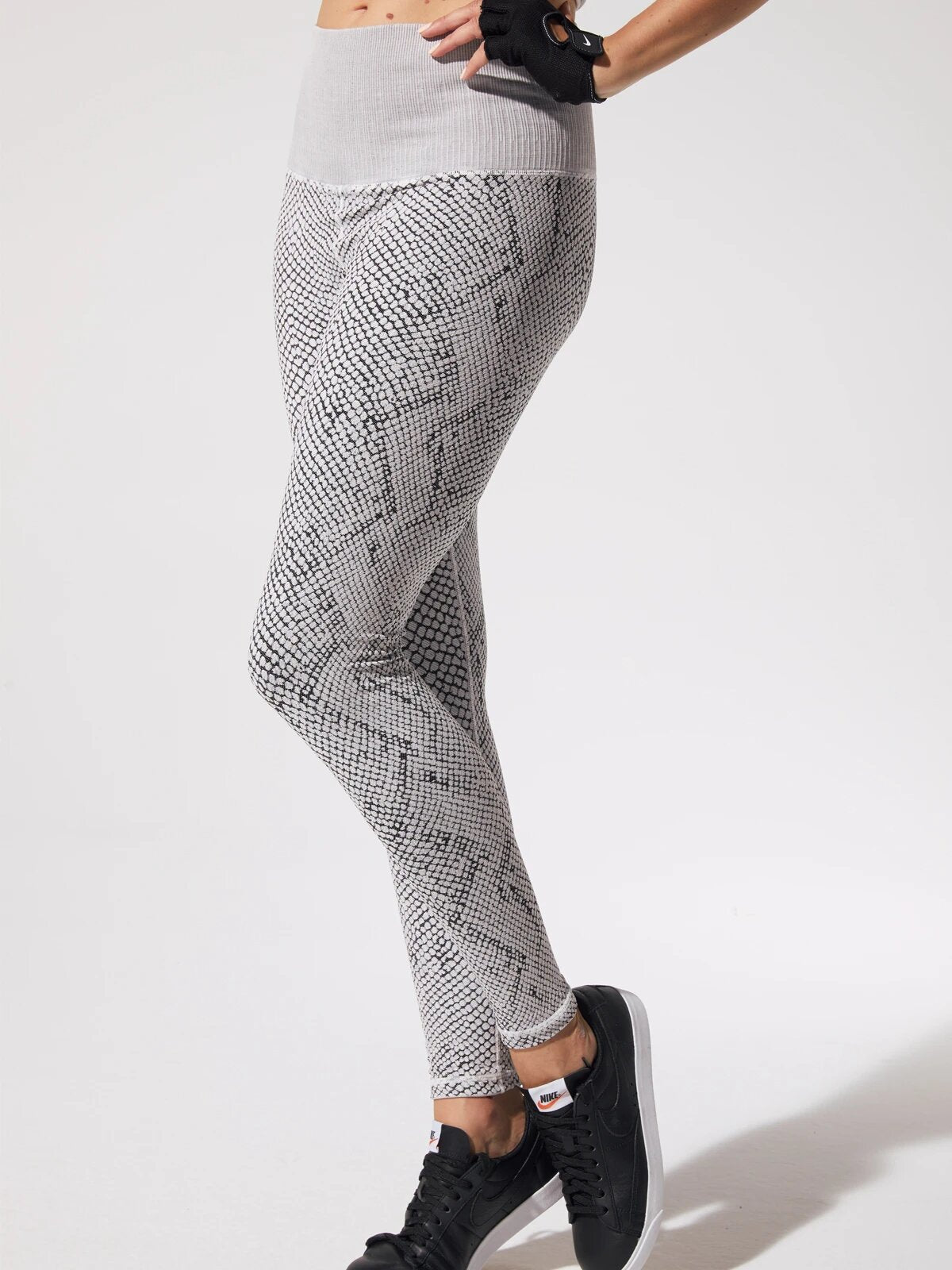 Snake Fire Legging Vintage in Vintage Cool Grey