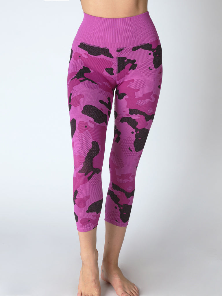 Camo Capri Legging in Desert Rose
