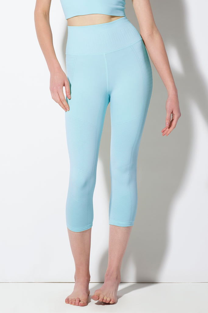 Mid Rise Phoenix Fire Capri in Cool Blue