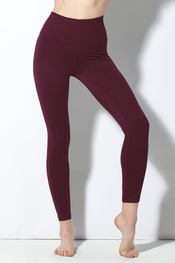 Mid Rise Phoenix Fire Legging in Acai