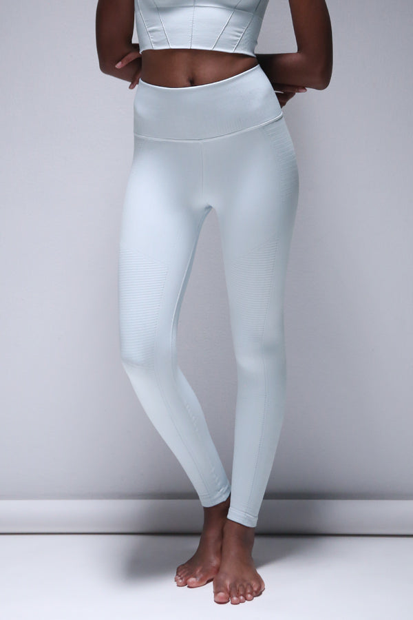 Mid Rise Phoenix Fire Legging in Ballad Blue
