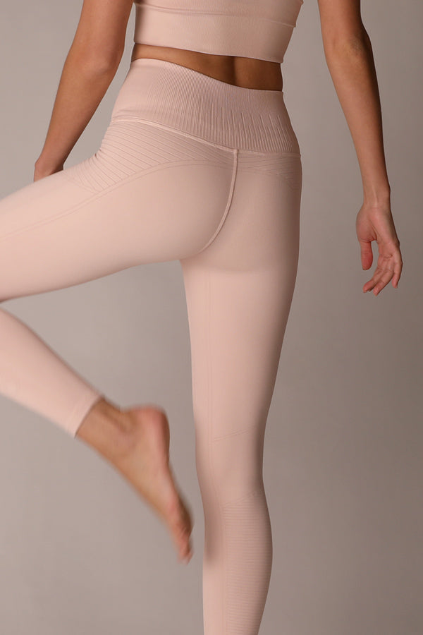 Mid Rise Phoenix Fire Legging in Sepia Rose