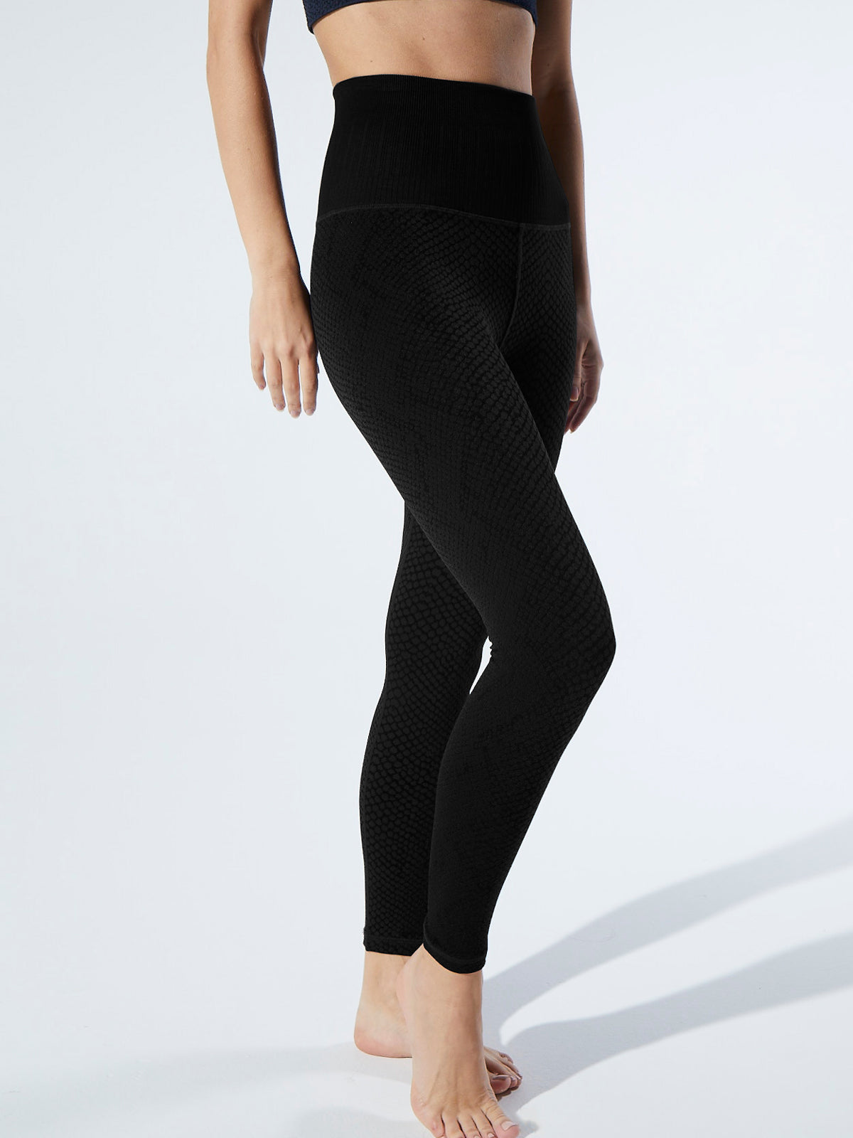Snake Fire Legging in Black