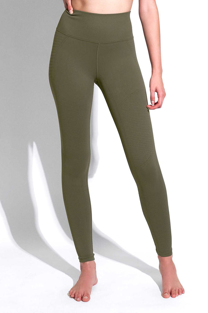 Mid Rise Phoenix Fire Legging in Grape Leaf