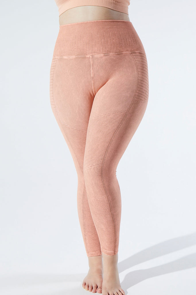 Vintage Phoenix Fire Legging in Vintage Rose Quartz