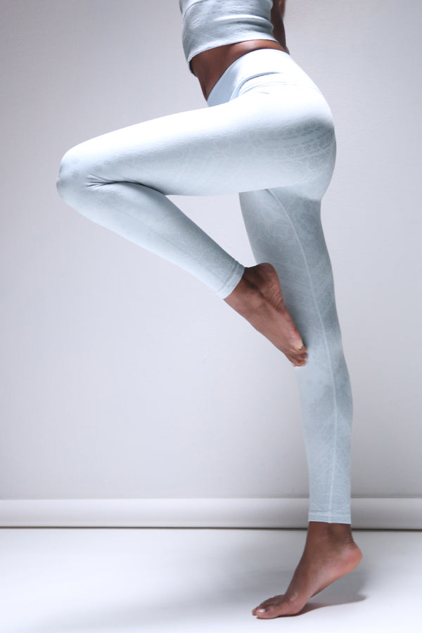 Priya Paisley Legging in Ballad Blue